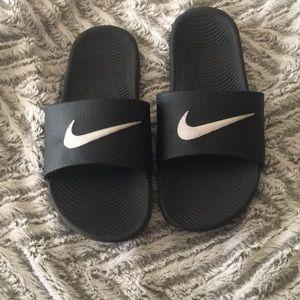 Nike slides boys/men girls/women
